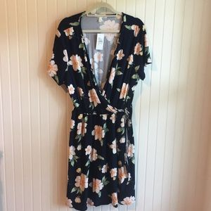 Floral Wrap Dress NWT 3xl
